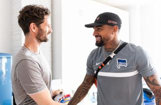 Kevin-Prince Boateng (right) with Hertha boss Arne Friedrich.