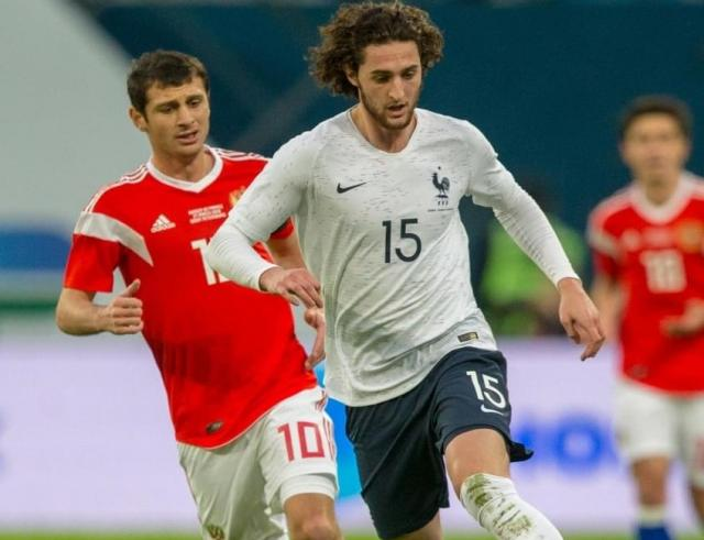 Adrien Rabiot (right).