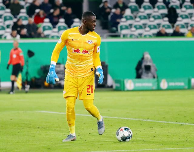 Rb Leipzig Boss We Don T Want To Let Yvon Mvogo Go Without Further Ado