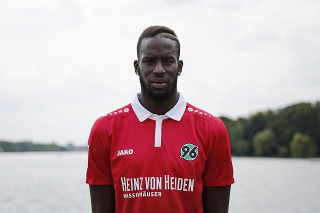 Salif Sané will join Schalke 04 from Hannover 96.