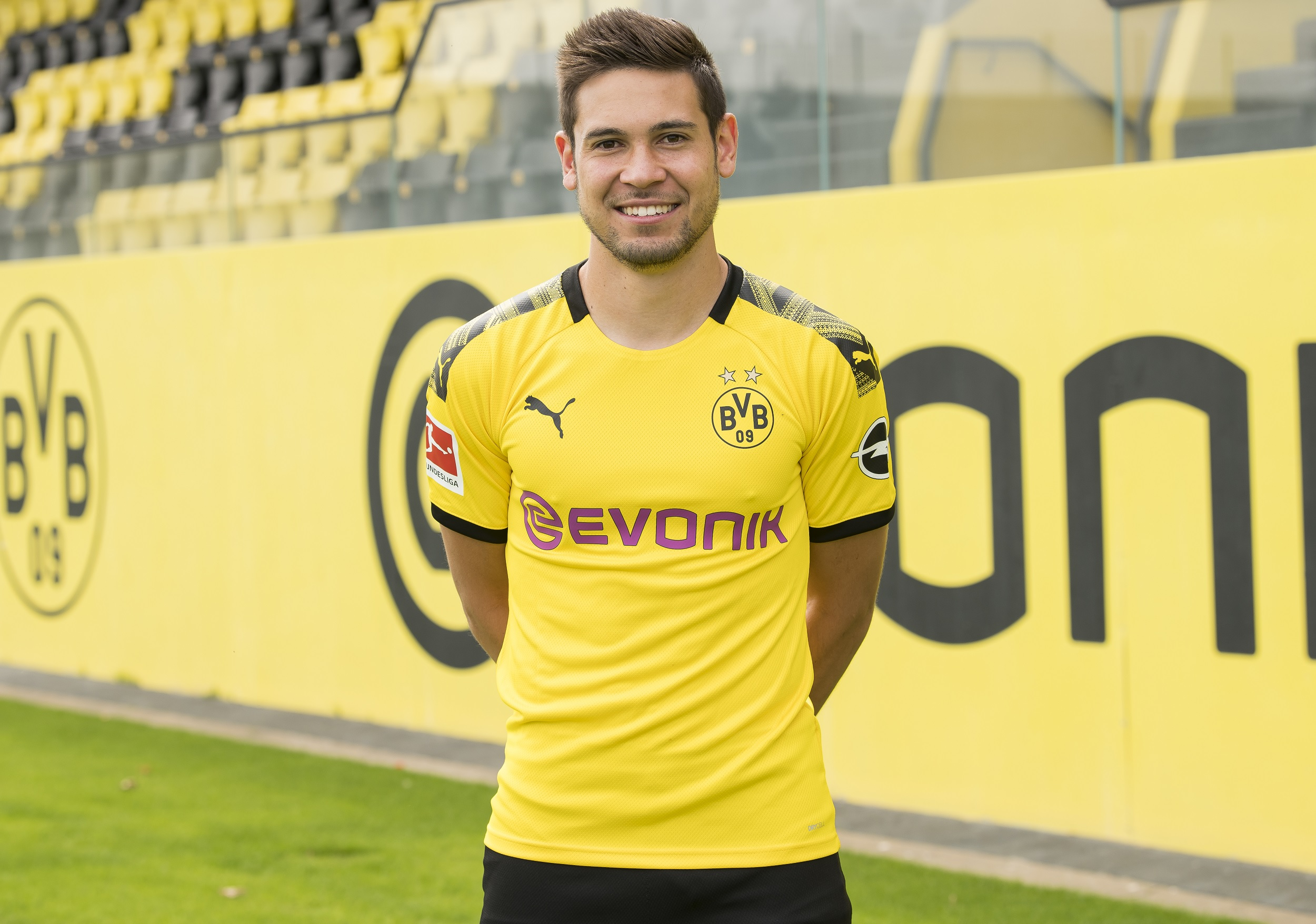 BVB boss reveals that Raphael Guerreiro is set to sign a new deal