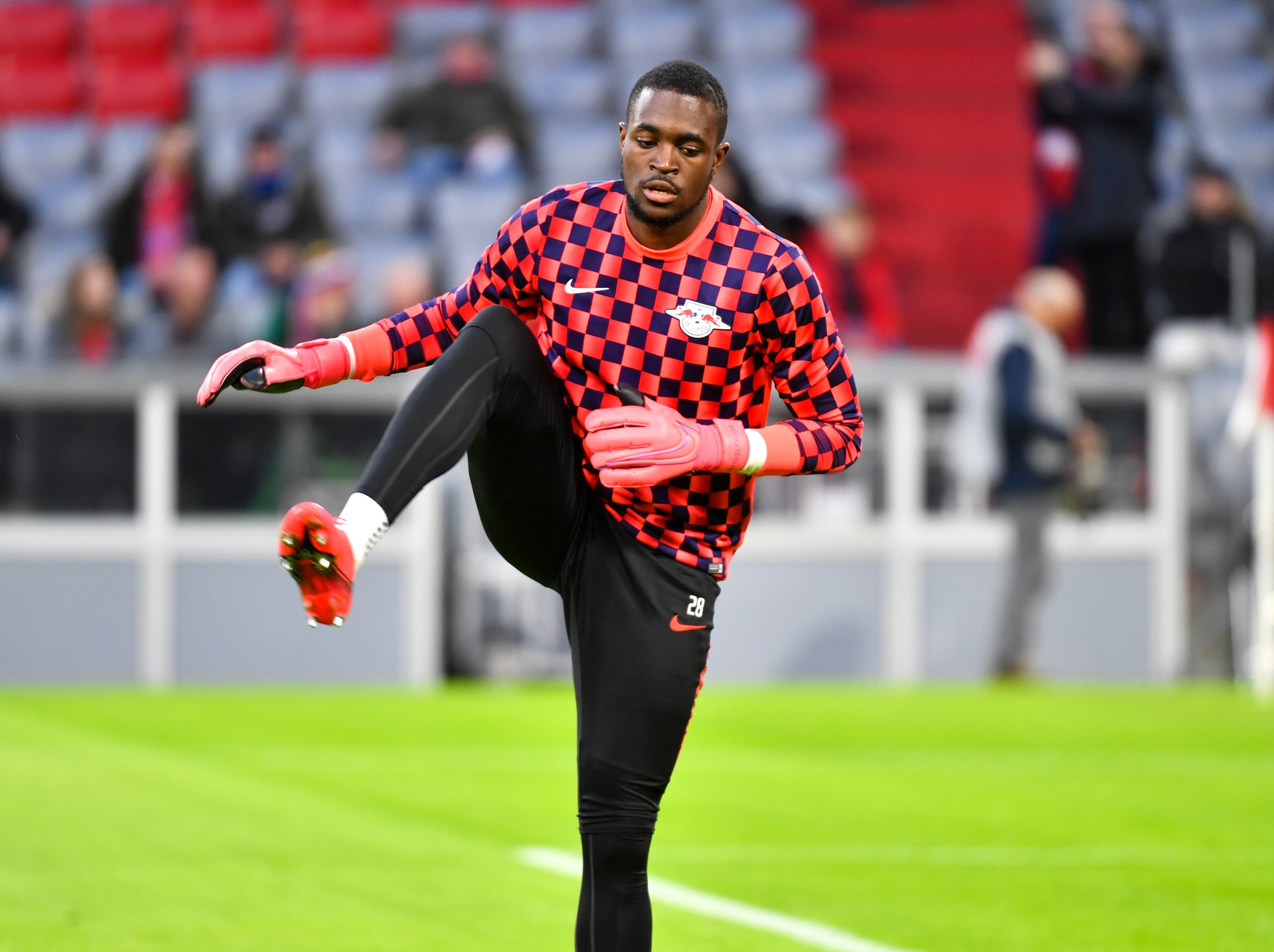 Rb Leipzig Goalkeeper Yvon Mvogo Expected To Join Psv