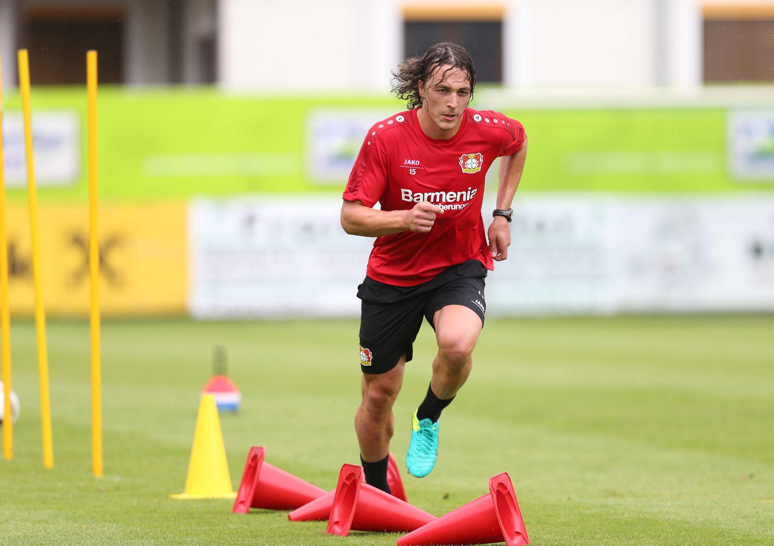 Leverkusen fast track Baumgartlinger for return to action